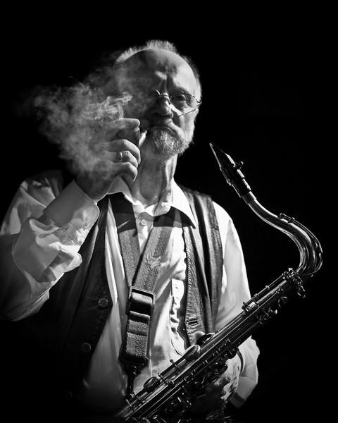Przepalona fajka – Odszedł wielki jazzman